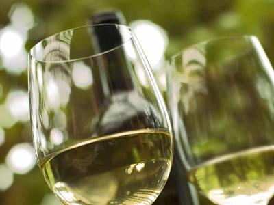 White-wine01