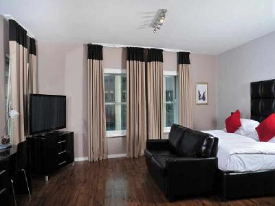 Deluxe Room 8x6
