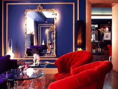 Blue Lounge 1