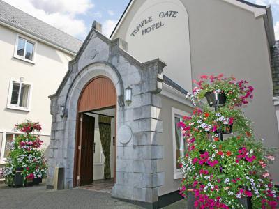 Temple Gate Hotel outside