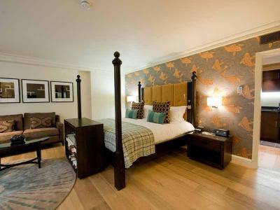 Abbey Bedroom