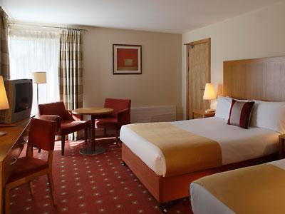 Hotel Killarney Bedroom 1a