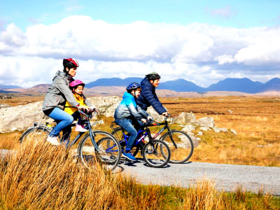 Family cycle Greenway Connemara