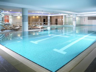 Energize 20m pool