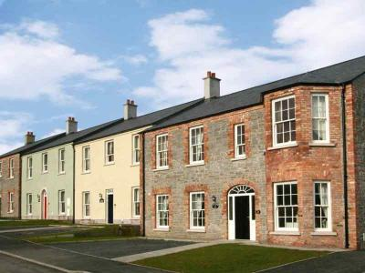 Village Cottages - Street Scape