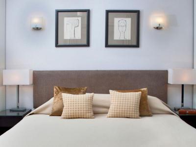 Superior 1 bed garden view
