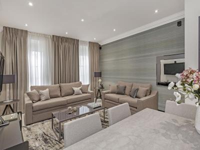 3 Bedroom Apartment - Living Room III