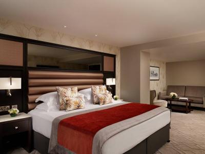Grand Central City Suite