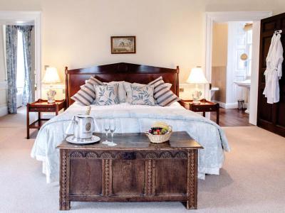 Principal Suite - The Braganza Suite, Bedroom