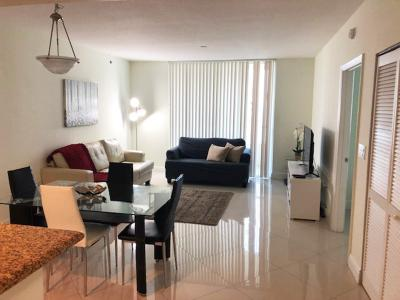 miami brickell apartments living room