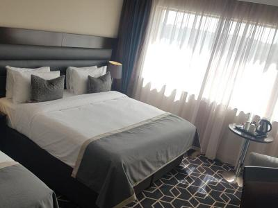 Deluxe Room Mobile