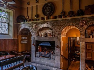 Conor's Bar