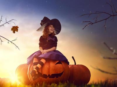 Halloween Pacakges Picture