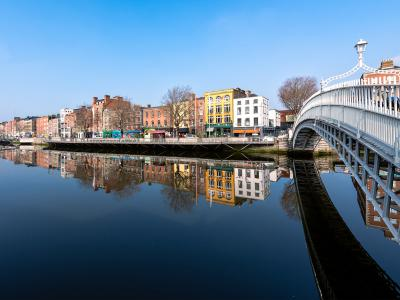 hapenny bridge-summer