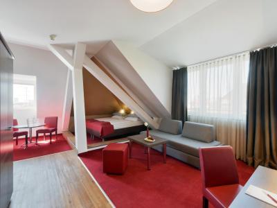 Apartment +4