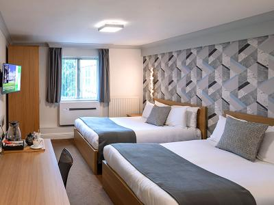 Weetwood Hall - Double Double Room