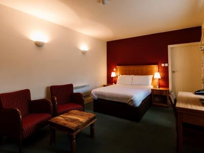 Chevin Country Park Hotel and Spa - Woodland Cabin Standard Doub