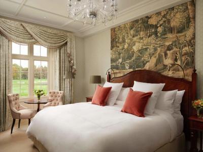 Classic King bedroom 2