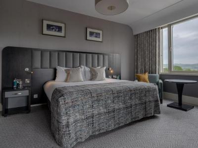 Junior Suite Bedroom 1