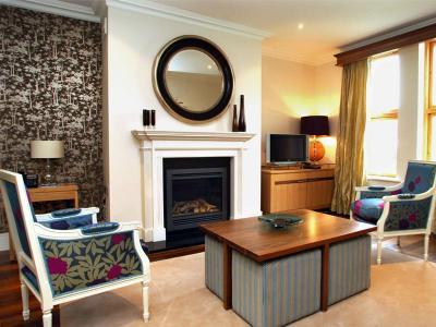 fireplace_lodges
