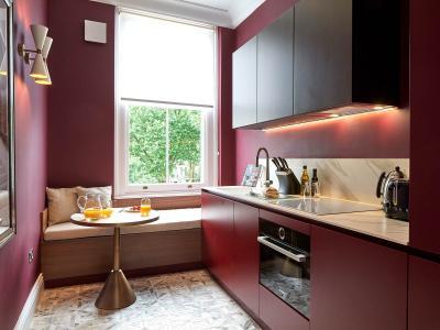LUX-2-Bedroom-Kitchen