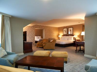 Dalmahoy Hotel and Country Club - Full Turret Suite