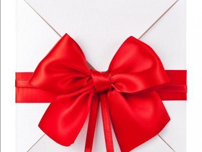 Voucher envelope red bow