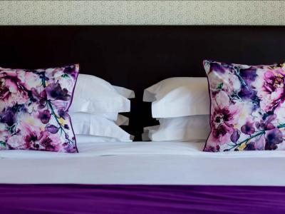 Lavender Suite Bed