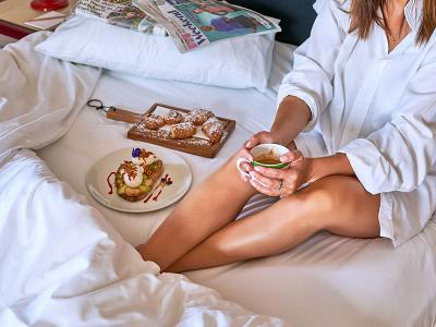 The Mitre Hotel - Room Service