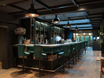 The Falstaff in Canterbury Bar 2