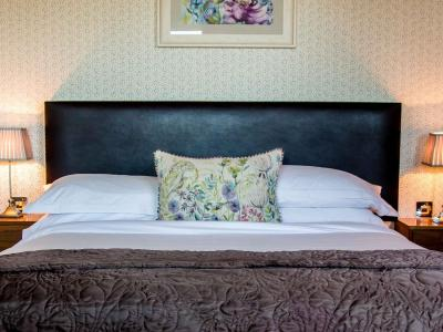 Suite 410 Bedroom