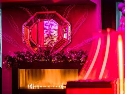 The Pink Lounge Christmas