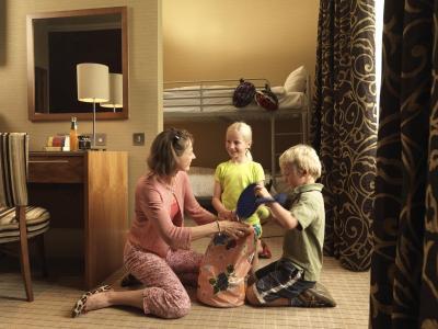 Executive Family Alcove Room