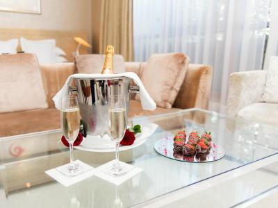 hotel to propose in