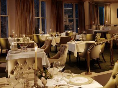 Dining Room Wide FL PT 450mm