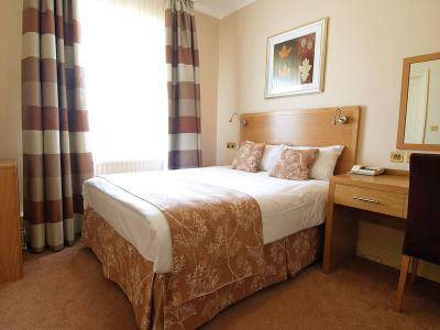 Weetwood Hall - Standard Double Room