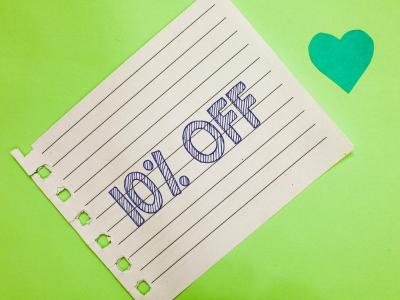 10% off written note