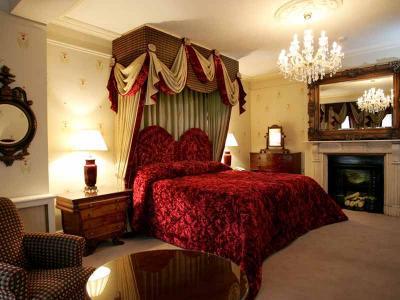 Room 26b Junior Suite