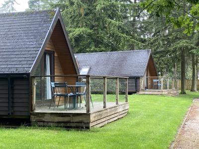 Chalet Lodges Exterior 2