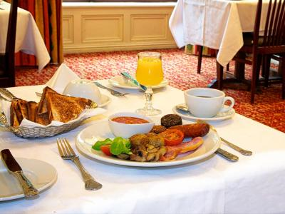 Breakfast at the Abbey Court Hotel