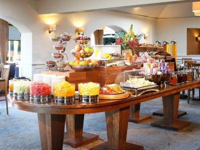 breakfast buffet 2