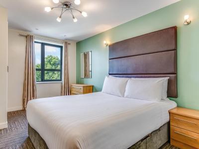Headingley Maxima Bedroom