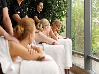 3 Ladies Full Body Massage