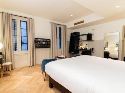 River View Suites