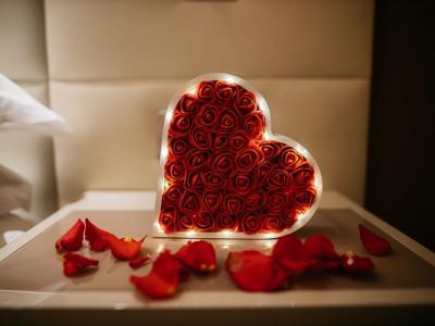 CLG Romantic
