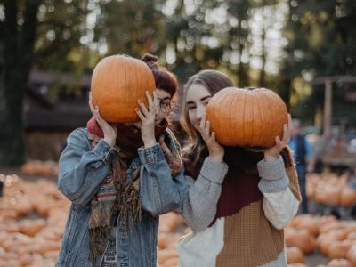 Halloween Pumpkin Ladies