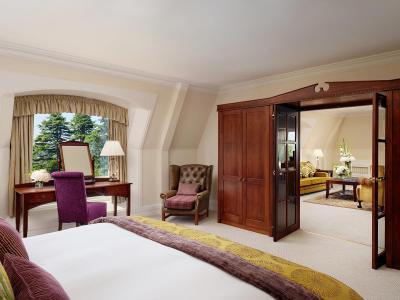Palace Suite 2