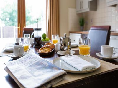 SC Kitchen Table