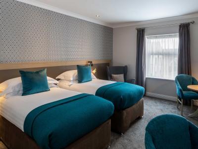 Twin Room Ashe Hotel