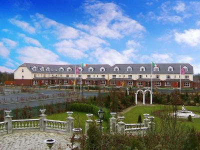 Lodges at the Abbey Court